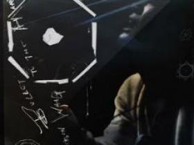 王嘉尔《BULLET TO THE HEART》高品质音乐mp3-歌词-百度网盘下载-江城亦梦