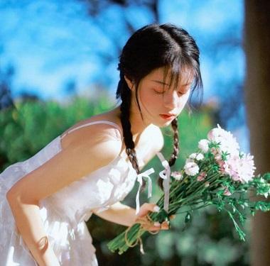 【第79期】甜蜜歌单|想与你在一起 每个黄昏与四季-江城亦梦